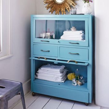 Brocante Cabinet in Turquoise