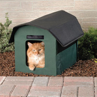 Outdoor Heated Cat Shelter