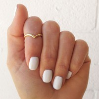 Midi Arrow Ring