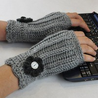 Fingerless Glove Wrist Warmer Gauntlet Heather by TempoDesigns