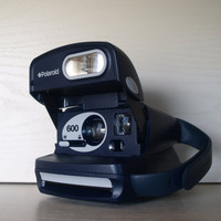 VINTAGE WHALE POLAROID Navy Blue Color Pop 1980's Polaroid Camera Polaroid 600 with Flash and Jelly Hand Strap