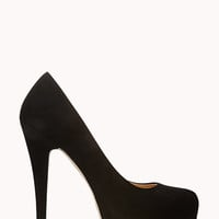 Soiree Platform Pumps