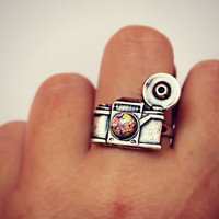silver camera ring with pink fire opal