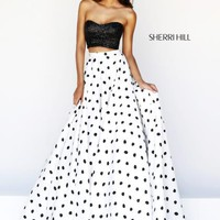 Sherri Hill Prom Dresses and Sherri Hill Dresses 21259 at Peaches Boutique