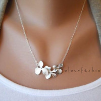 Christmas Gift, Flower Necklace, Silver Lariat, Lariat Necklace, Flower Pendant, Woodland Jewelry, Flower charm N-34
