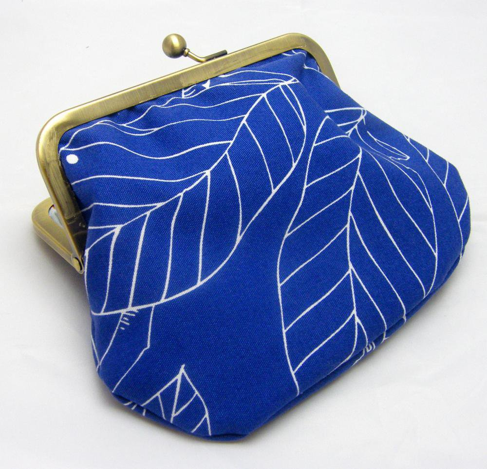 "6"" Fabby Purse - Leaves: Blue 