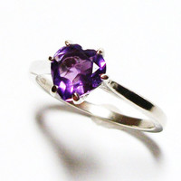 "Amethyst heart ring, purple ring, solitaire heart ring, birthstone ring, purple, s 7 ""One and only"""