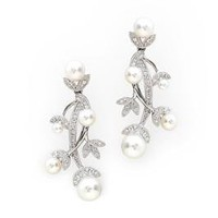 Bridal Jewelry: Diamond Pearl Earrings