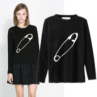 Paper clip winter sweater black from Sweetbox Store