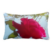 Cute Retro Hakuna Matata Gift Red Rose Sky Throw Pillows