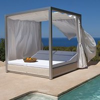 Point Sunset Modern Wicker Outdoor Daybed - HomeInfatuation.com.
