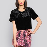 CRUSHED CROP TOP - BLACK