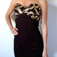 Gold & Black Sequin Velvet Strapless Party Dress Dave and Johnny Medium Large Pinned on Model