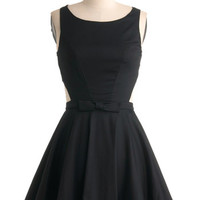 ModCloth Vintage Inspired Short Sleeveless A-line Classic Twist Dress in Black