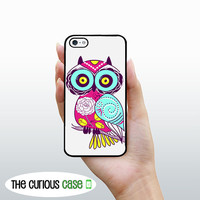iPhone 4S Case /Hard Case For iPhone 4 and iPhone 4S Brights Shabby Chic Owl Rubber Trim