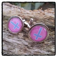 Inverted cross cufflinks