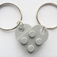 LEGO friendship, girlfriend, boyfriend,friends Heart key chain set Light Gray