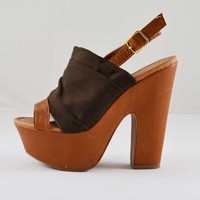 Qupid Gusto-13 Pleated Brown Fabric Peep Toe Clog