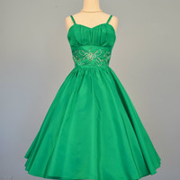 1950s Party Dress...Stunning Kelly Green Party Dress Cocktail Dress Pinup Bridesmaid Holiday Small