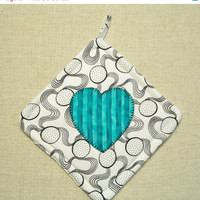 HOLIDAY SALE Turquoise Heart Pot Holder - Single - Insulated - White, Black, Aqua, Blue, Heart, Valentine