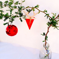 Merry Modern Christmas: Faux Taxidermy Reindeer Ornament