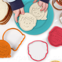 BREAD HEAD SANDWICH CUTTER & STAMPS