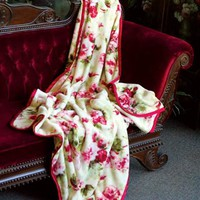 SCARLET ROSES FLEECE THROW