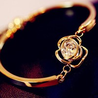 Diamond Rose Heart Fashion Bangle
