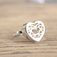 Heart Ring, Filigree Detail as a Cut Out Gemstone, Silver 925