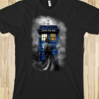 Tardis Doctor who IN THE MIST TEE TSHIRT