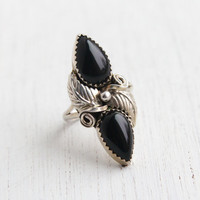 Antique Sterling SIlver Onyx Black Glass Double Stone Ring - Retro 1960s 1970s Size 7 1/4 Jewelry / Leaf Design