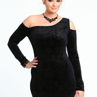 PLUS SIZE VELVET CRUSH DRESS