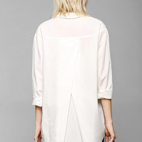 Silence + Noise Tucked & Shirred Button-Down Shirt - Urban Outfitters