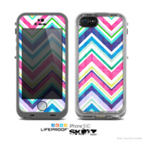 The Vibrant Pink & Blue Layered Chevron Pattern Skin for the Apple iPhone 5c LifeProof Case