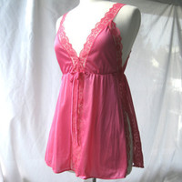 Vintage Hot Pink Lace Babydoll Size Small by darlingtoniavintage