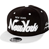 BLACK NEW YORK TRUCKER HAT