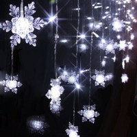 2M x 1M 104 Led 8 Modes Snowflake Style Indoor / Outdoor Party String Fairy Wedding Curtain Light Christmas Decoration(White)