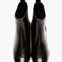 BLACK LEATHER CHEALSEA BOOTS