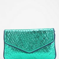 Deux Lux Mermaid Metallic Clutch - Urban Outfitters