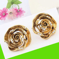 Vintage Golden Rose Earrings