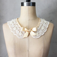 PRIM NECKLACE CHAMPAGNE - Ivory crochet lace bib collar necklace // ivory beige satin ribbon // bow / pearls / sterling silver Fleet charm