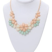 Statement Necklace with Flower Stone Design
