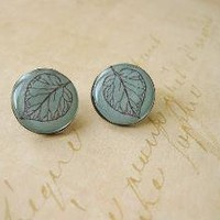 FREE SHIPPING Frosted Leaf Petite Ear Studs by smafactory on Etsy
