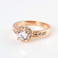 Fashion Plaza 18k Gold Plated Use Swarovski Crystal Wedding Engagement Ring R68