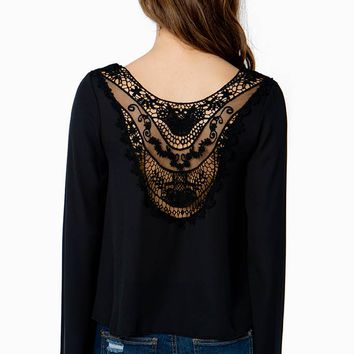 Drifter Lace Bell Sleeve Blouse