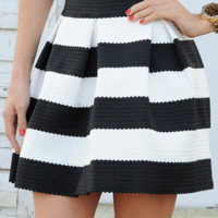 The Travel Time Skirt: Black/White
