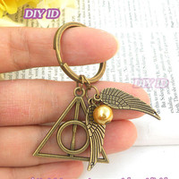 Harry Potter Keychain - Golden Snitch and Deathly Hallows