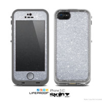 The Silver Sparkly Glitter Ultra Metallic Skin for the Apple iPhone 5c LifeProof Case