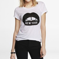 RHINESTUDDED GRAPHIC TEE - NYC LIPS
