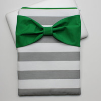 MacBook Pro / Air Case, Laptop Sleeve - Gray and White Stripes Green Bow - Double Padded - Sized to Fit Any Brand